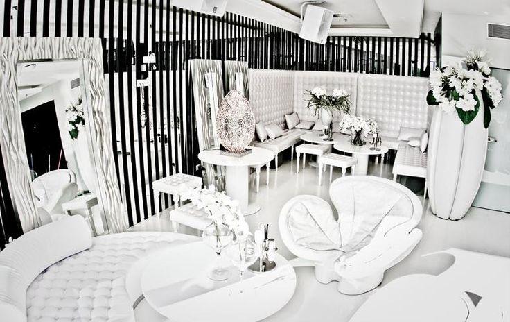 Lighting, furnishings & flower arrangements by VG   Interior design by Architect Ante Vrban ► www.antevrban.com - Final result ► You judge! - #luxury #interior #design #home #decor #italian #lighting #furniture #furnishings #flowers #arrangements #interiors #designer #architect #decoration #villa #moscow #mansion #property #private #living #light #fashion #italy #arredamento #mirror #lamp #sofa #flower #vase