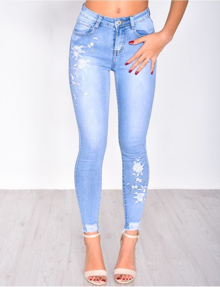 Jeans skinny cropped à broderies