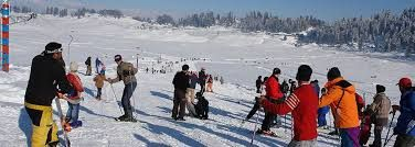 Book your #kashmir Holiday Packages @ 50%off and get other amenities within a budget.