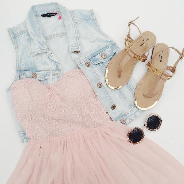 The perfect summer outfit! #TALLYWEiJL