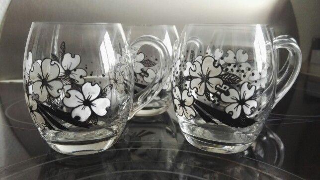 Flowers on coffeglasses