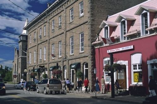 Best Restaurants Towns Around Ottawa