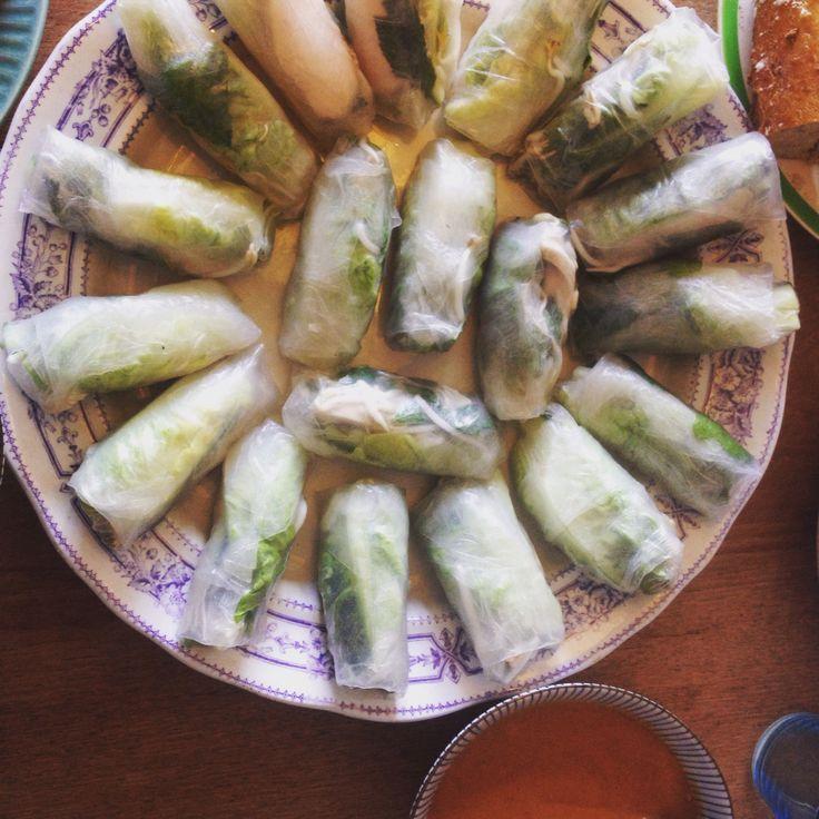 Vietnamese springrolls and creamy peanutsauce