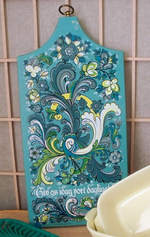 135 best tablas cocina images on pinterest decoupage ideas rosemaling bread board norwegian folk art 1965 kitchen plaque breggren trayner