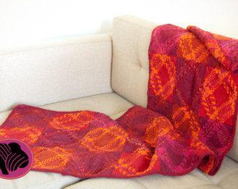 Unique lilac flecked tartan wrap vest brooch for free by Ullvuna