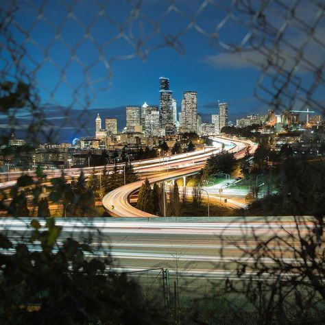 Episode #2 of Make Photos is OUT - Watch me make and process this photo http://ift.tt/2iBKDvY - Long exposure of #SeattleSkyline from the secret not-so-secret fence hole in Dr. Jose Rizal Park. I first saw this shot on @tim_urpman instagram. . . Captured with the #SonyAlpha #A7RII and #Canon #24-70 f/2.8 EXIF: 24mm | 15 Seconds | f/3.2 | ISO 50