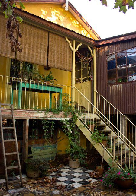 Porch and patio, via Casa Chaucha