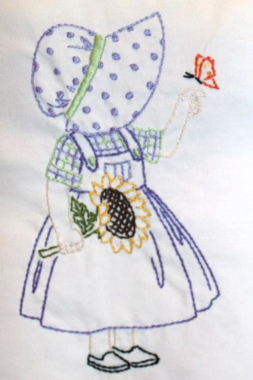 Feliz de agosto a partir de Purrfect Stitchers :) Mi hermana bordado esta chica…
