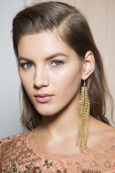 See beauty photos for Roberto Cavalli Spring 2016 Ready-to-Wear collection.