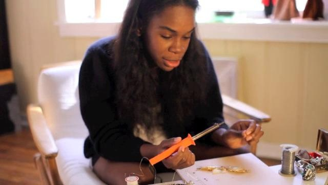 The Newcomer: How to make Jewlery using a soldering iron by Azede Jean-Pierre. instructional video by Azede Jean-Pierre//// this girl is adorable !!!!!!!!