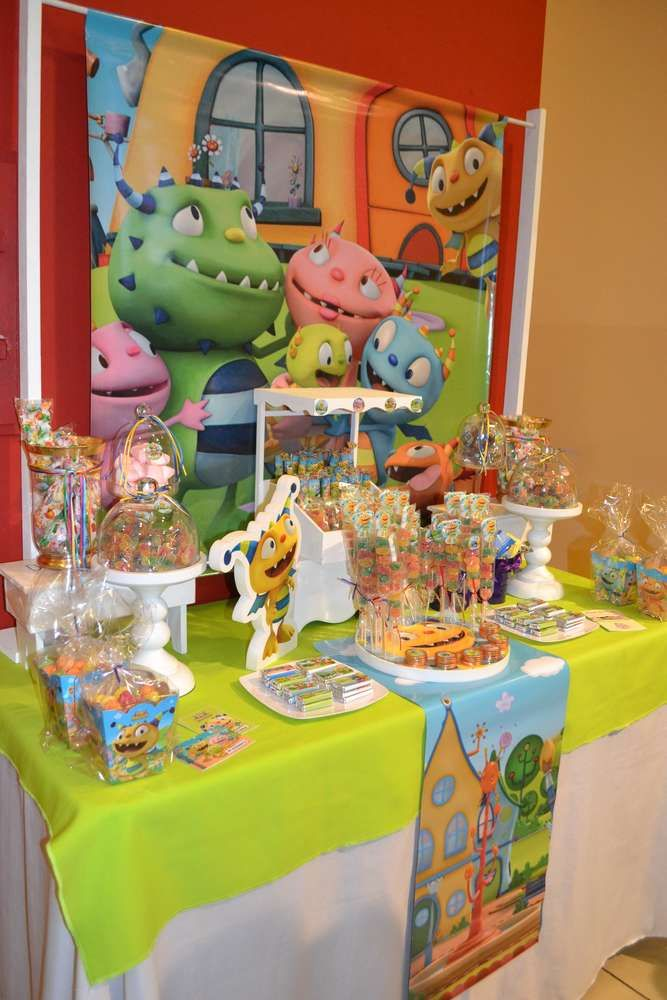 Henry Hugglemonster Birthday Party Ideas | Photo 1 of 6