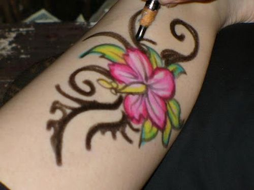 27 best sexy heart tattoos images on pinterest heart for Custom henna tattoo