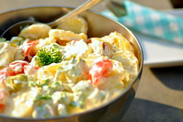 Barbecue potato salad light. Great to go with your barbecue.