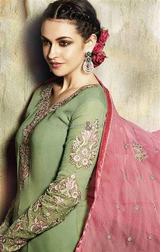 #Pakistani #party wear #dresses with unique styles #straight salwar #suits  #partyweardresses  #uniquestyles #salwarsuits