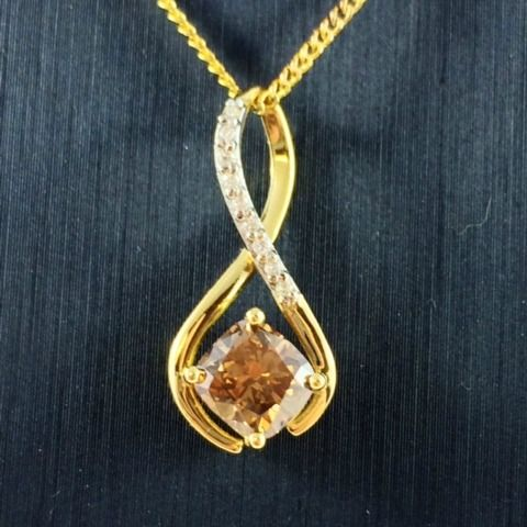 Lets start Monday off on a new path. How about an 18ct Yellow Gold Diamond Pendant with a stunning 1ct Cushion cut Cognac Diamond.  Stunning eye catching drop piece to really catch the eye. #diamonds #bling #yellowgold #phenixjewellery