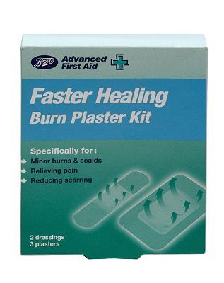#Boots Pharmaceuticals Boots Faster Healing Burn Plaster Kit 10087540 #12 Advantage card points. Boots Faster Healing Burn Plaster is specifically for minor burns scalds, relieving pain, and reducing scarring. FREE Delivery on orders over 45 GBP. (Barcode EAN=5045094476206)