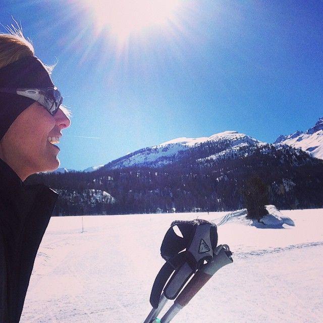 #FedericaFontana Federica Fontana: Baciata dal sole! #lucky #kiss #sun#moment #runfederun #skifedeski #fondo #engadina #nikewoman