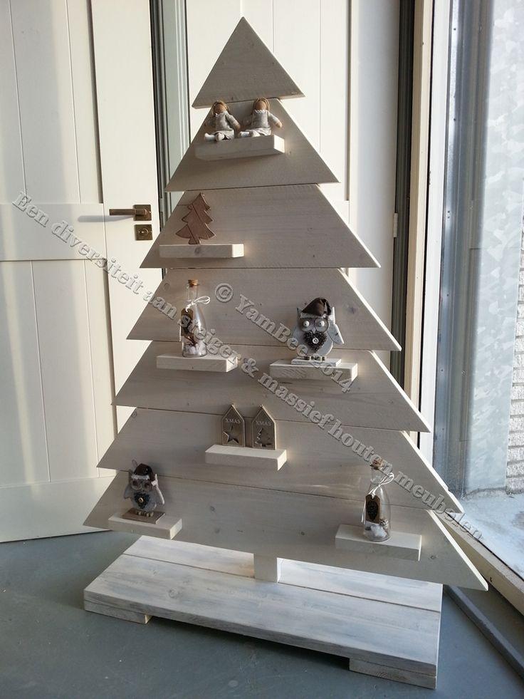 Sfeervolle kerstboom van steigerhout buiten kerst pinterest kerst kerstbomen en buiten kerst - Deco massief buiten ...