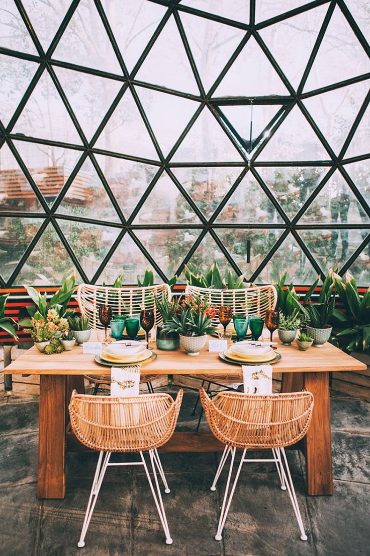 geo dome wedding reception - photo by Indestructible Factory http://ruffledblog.com/tropical-mid-century-modern-wedding-inspiration-with-spanish-flair