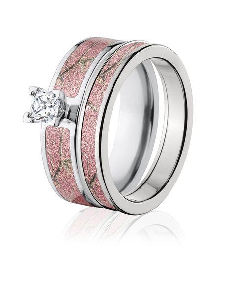 Awesome Realtree AP Pink Camo Wedding Ring Set