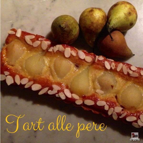 Thanks to this amazing pear tart recipe, when you will serve it up to your friends they'll think you deserve a star, too.