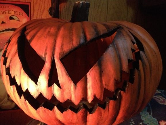 pumpkin~love the big, wide evil grin