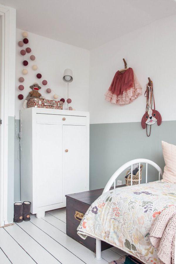 Subtle colours + vintage + light = whimsical girl's bedroom