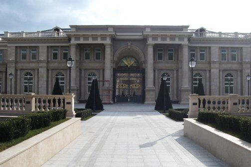 Grand Mansions. A Secret Putin Palace on Russia's Black Sea. LUXURY HOME.