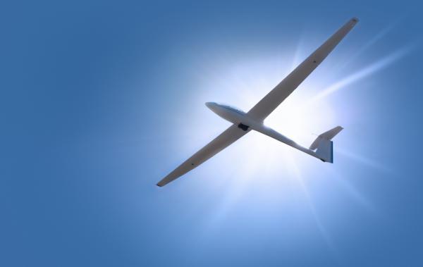 Zweefvliegen   airgliding  