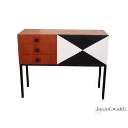 Mała Komoda Stylowa niewielka komoda z czarno-białą wstawką. Idealna jako charakterystyczny element wystroju. #sideboard #black #white #furniture #vintage #komoda #mała