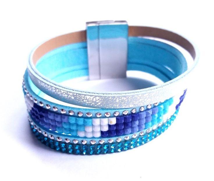 Kék kristályköves műbőr karkötő