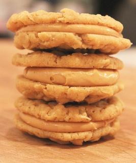 Heaven Sent Peanut Butter Cookies: Fillings Peanut, Nutter Butter, Sandwiches Cookies, Heavens S Peanut, Cookies Recipes, Peanut Butter Cookies, Butter Fillings, Cookies Sandwiches, Pb Cookies
