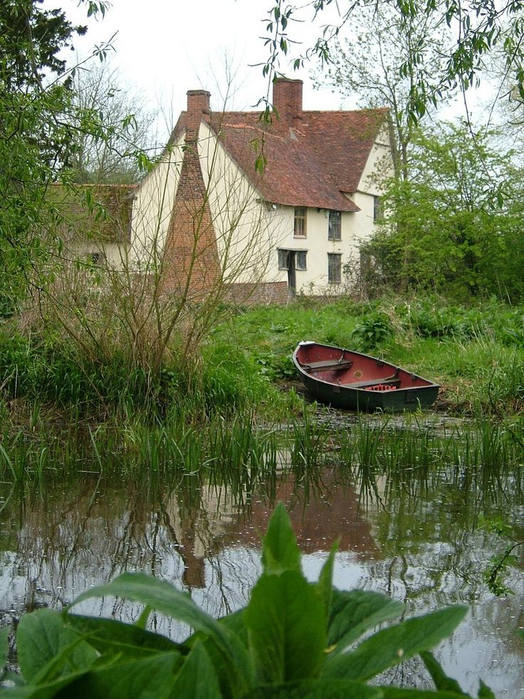 """Willy Lott's Cottage as painted in The Hay Wain"" by Karen Roe on Flickr - This is a 16th century cottage in Flatford, East Bergholt, Suffolk, England that features in John Constable's painting, 'The Hay Wain'."