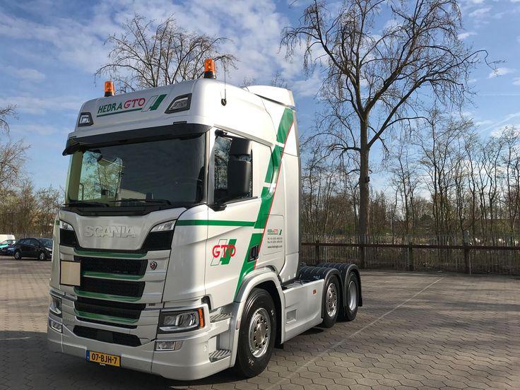 Today the first new next-gen Scania was delivert 😎😎👍🏼#new #nextgen #scania #R450 #HebraGTO #Transport #rotterdam