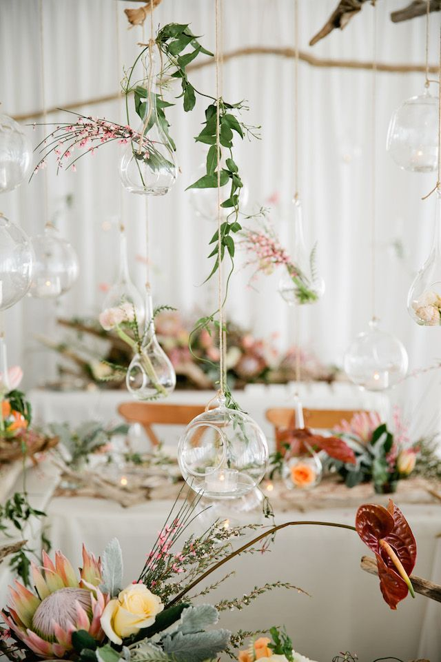 Botanical and and naturalist wedding ideas | Kristyn Hogan Photography | see more on: http://burnettsboards.com/2014/09/rustic-refined-driftwood-wedding-inspiration/