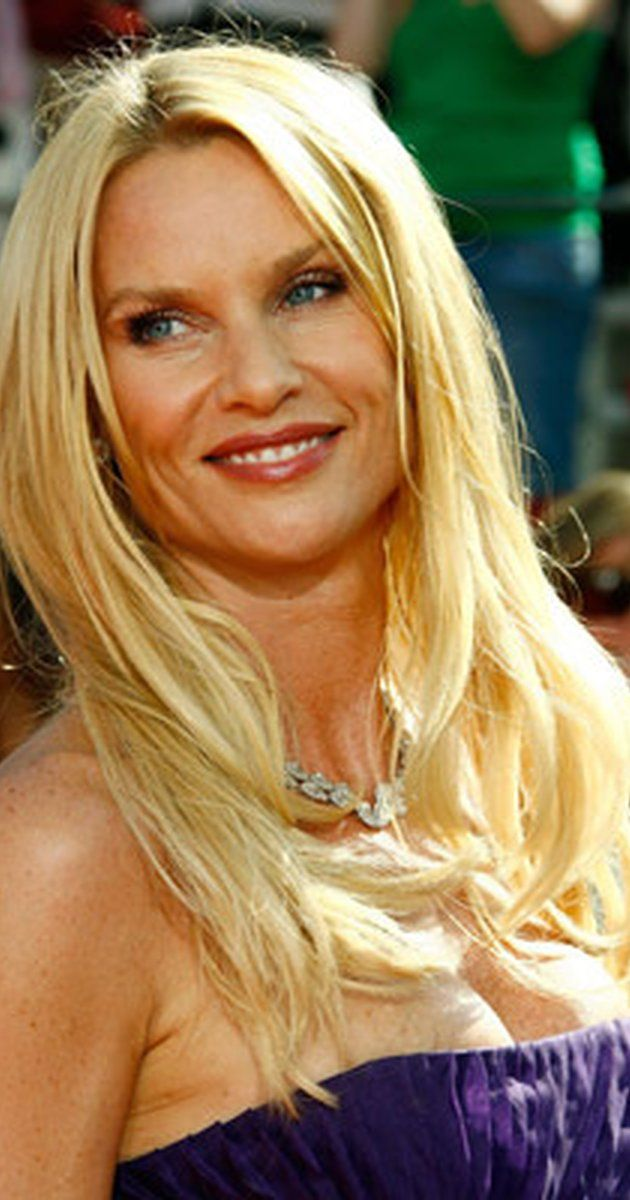 "Nicollette Sheridan, Actress: Desperate Housewives. Nicollette Sheridan has won a worldwide audience with her past television and film roles. She exploded on the small screen with her Golden Globe-nominated role of ""Edie Britt"", the blonde bombshell of Wisteria Lane, on ABC's hit show Mujeres desesperadas (2004). Sheridan was honored in her native England, receiving the 2006 Glamour Women of the Year Award for Best U.S. TV Actress, adding to her ..."