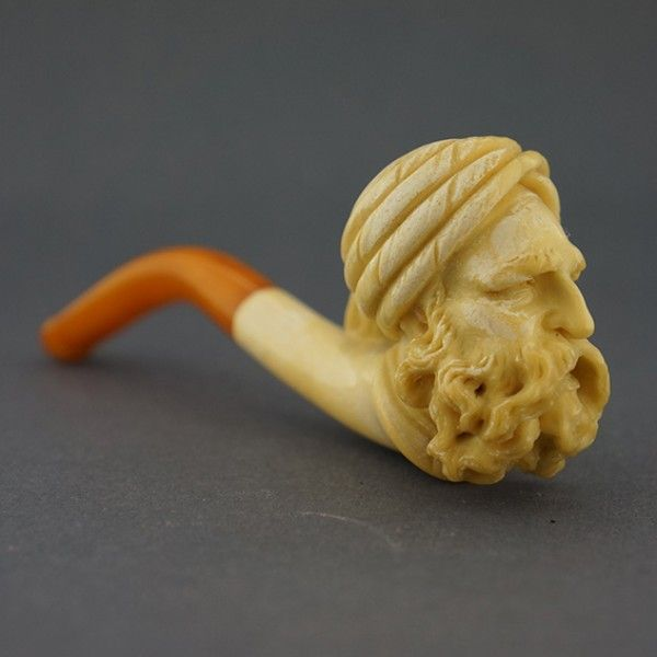 "Fine figural meerschaum cheroot holder: ""Oriental man with Turban""."