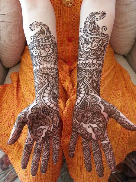 mehndi maharani finalist: Mala's Bridal Services http://maharaniweddings.com/gallery/photo/13924