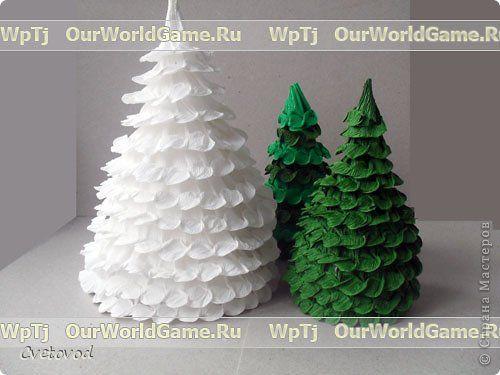 Новогодние елки из гофрированной бумаги