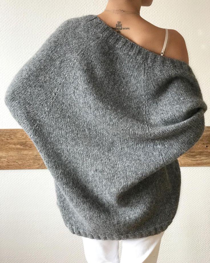 Мягкий и невесомый кардиган Альпака / полиамид 15 000₽ вяжутнетолькобабушки #knitlove#knitting_inspiration #knitted_dreams_magazine #bestknitters #вязанныесвитера #вязанныекардиганы #handmade #вязаниеспицами