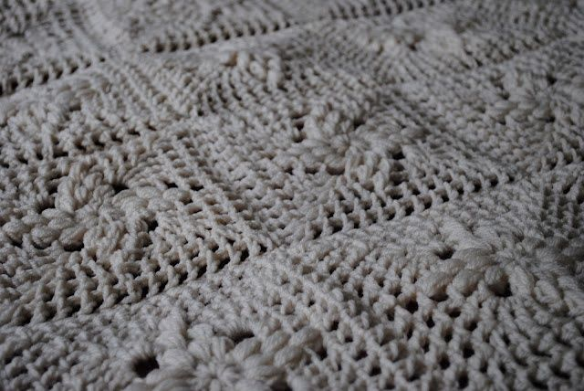 Crochet Afghan Patterns For Guys : 1000+ images about Afghans and Blankets Daisy Patch ...