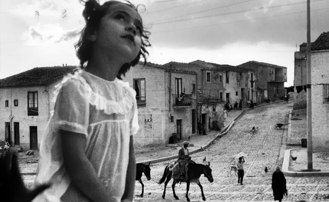 Fotógrafo Sergio Larrain.