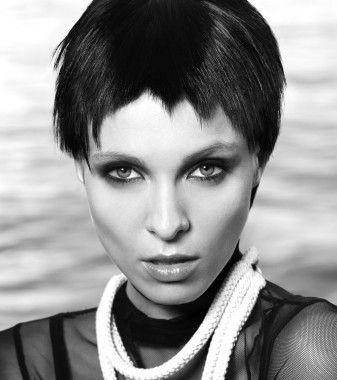 short black straight choppy womens haircut hairstyles for women