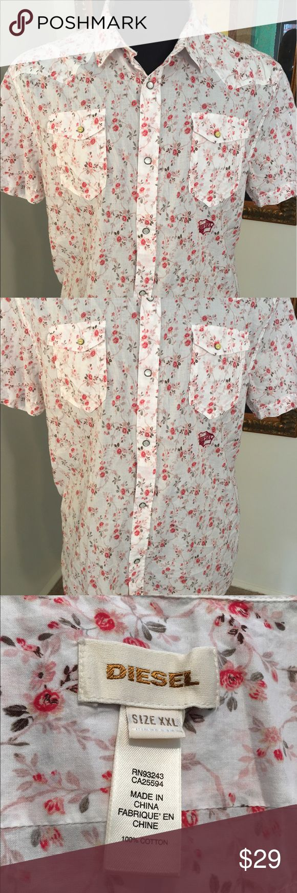 🆕DIESEL NEW MENS BUTTON SHIRT 💯AUTHENTIC DIESEL MENS SHORT SLEEVE FLORAL BUTTON UP SHIRT. PURCHASED BUT NEVER WORE IT. WHAT A GREAT SHIRT FOR THE FASHIONABLE MAN. TRUE HIGH END LUXURY WITH THIS LIGHTWEIGHT FABRIC. IT IS A FITTED XXL Diesel Shirts Casual Button Down Shirts