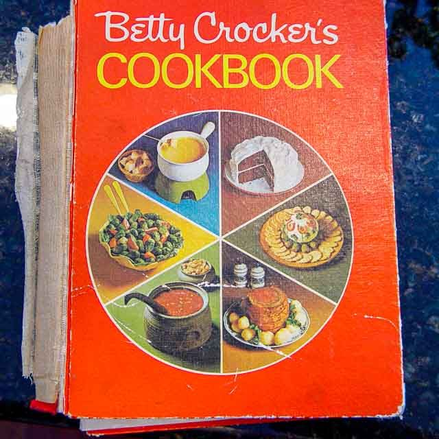 Old Fashioned Banana Nut Bread | Recipe | Betty crocker ...