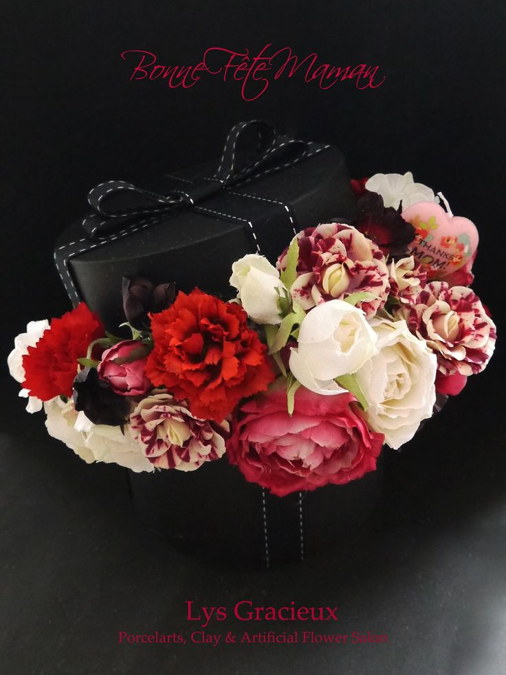 Artificial Flower, Box Flower Arrangement, Mother's Day, carnation, roses, ribbon, MOKUBA, black box#札幌#円山#lysgracieux#リスグラシュ#ポーセラーツ#クレイ#フラワー#ポーセリンアート#ハンドメイド#porcelainart#porcelarts#clay#flower#handmade#beautiful#