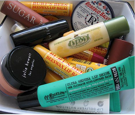 What is the difference between a Lip Balm and Chapstick A Detailed note on Lip Balms | http://www.makeupandbeautyforever.com/difference-lip-balm-chapstick-detailed-note-lip-balms/