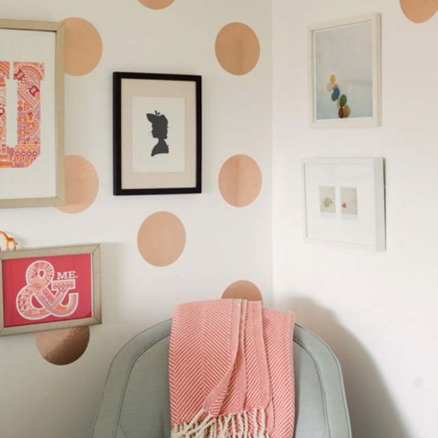 Rose gold polka dot walls maybe peach laundry room for Dots design apartment 8