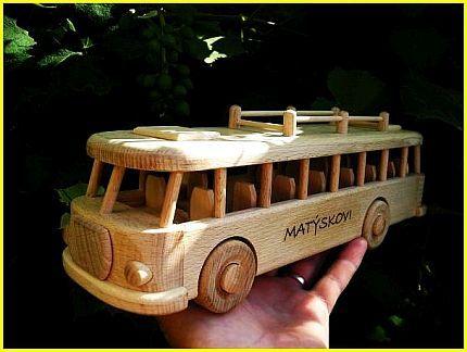 Autobus hračka pre děti