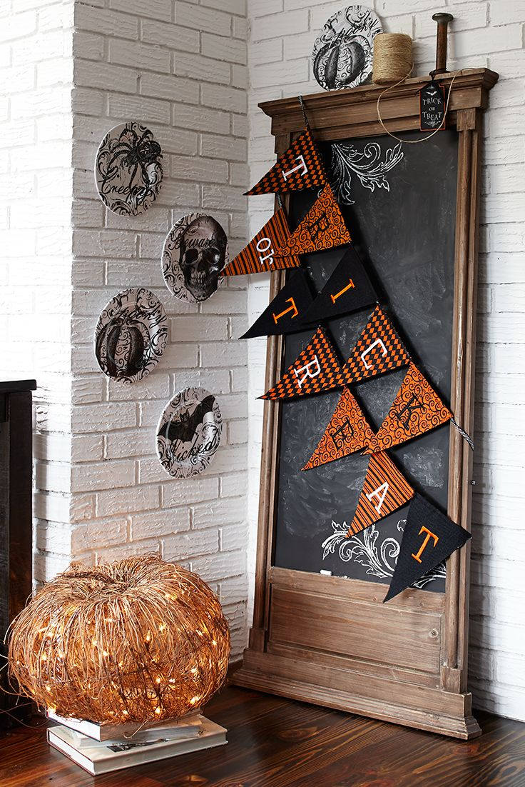 If you love Halloween, sometimes you just have to spell it out for your friends. Pier 1's Trick or Treat Pennant Banner does just that in fun Halloween style. Feeling extra creative? Spell out—or draw out—your own custom Halloween message on our Essential Chalkboard.